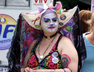 soeur vulverine de paname - drag pendant la pride