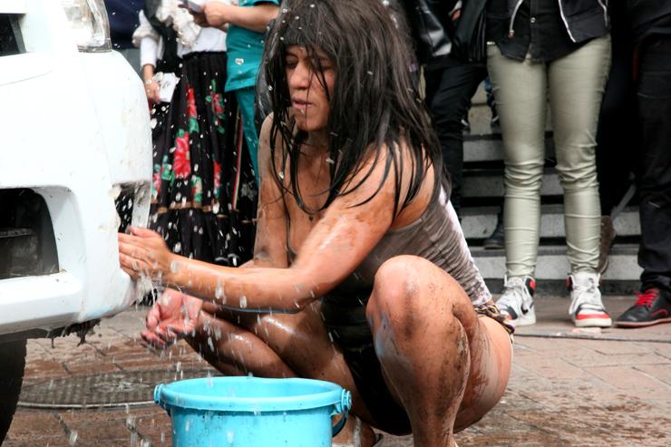 Carro limpio, conciencia sucia - Nadia Granados