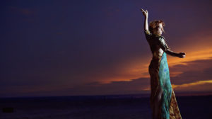 Amanda Palmer en concert au bataclan - Dresten Doll
