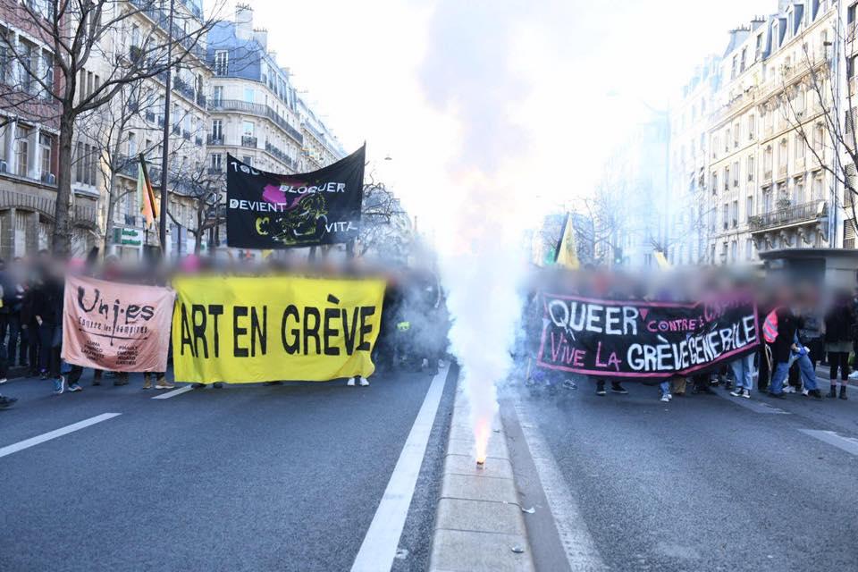 Vibrations : chroniques pédé parisien. Pink Bloc, art en grève et CLAQ à la manif contre la réforme des retraites - Friction Magazine
